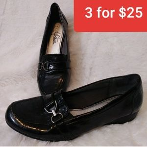 Life Stride Black Loafers